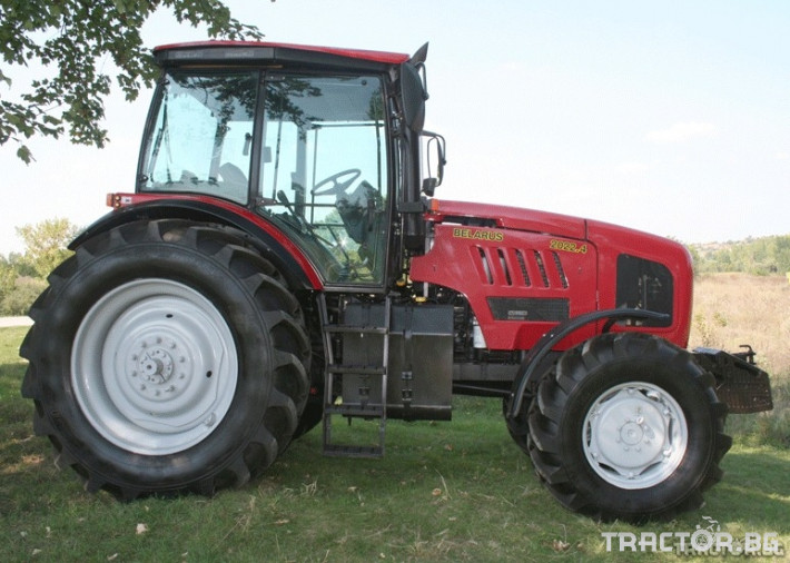 Трактори Беларус МТЗ 2022.4 0 - Трактор БГ
